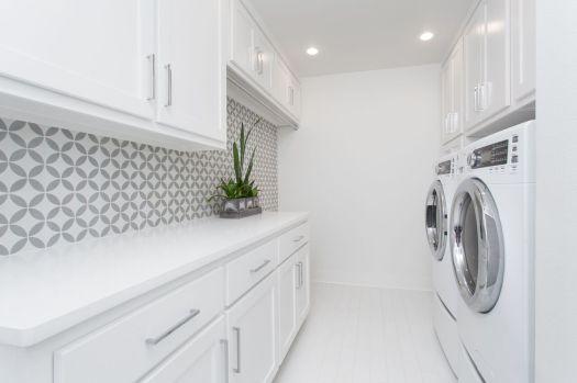 Easley-laundry
